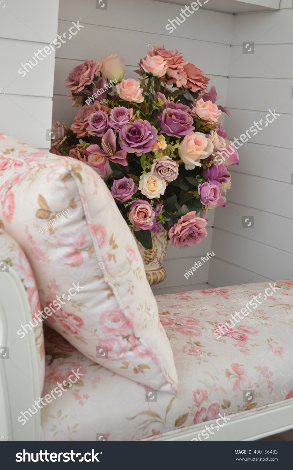 Big Flower Bouquet Roses Living Room Stock Photo 100 Legal