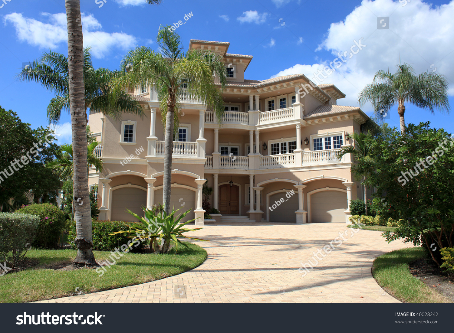 Large tropical beach house in florida stock photo 40028242 for Large beach house