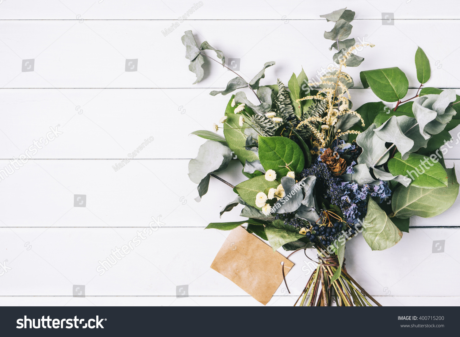 Old vintage white natural wood or wooden texture background or - Bouquet Of Dried Wild Flowers On White Table Background With Natural Wood Vintage Planks Wooden Texture