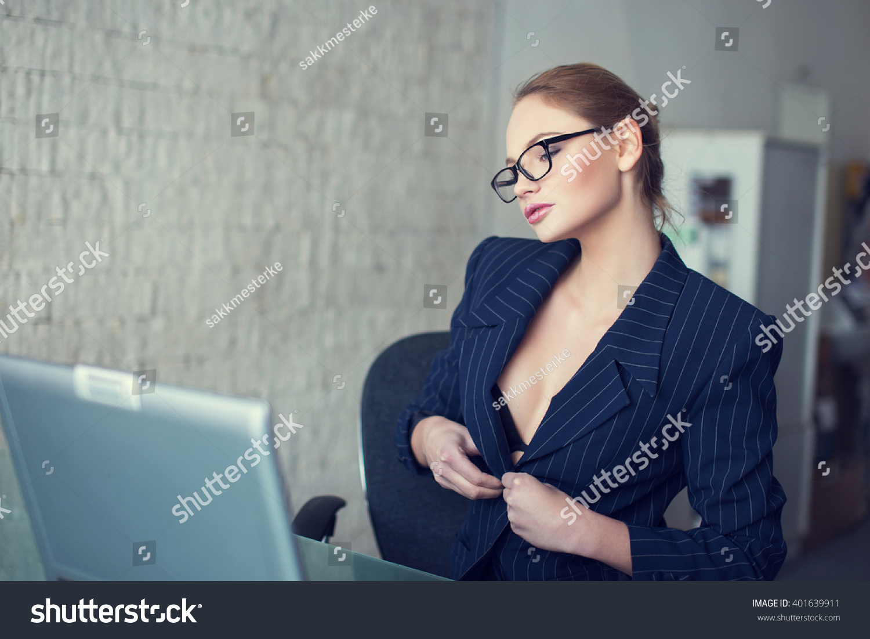 Kardashians Sexy Office Video   Jason Von Berg Online