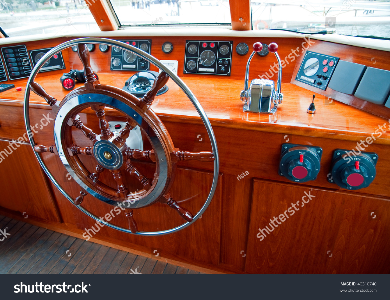 Sailing A Cruiser Similar To Driving A Car