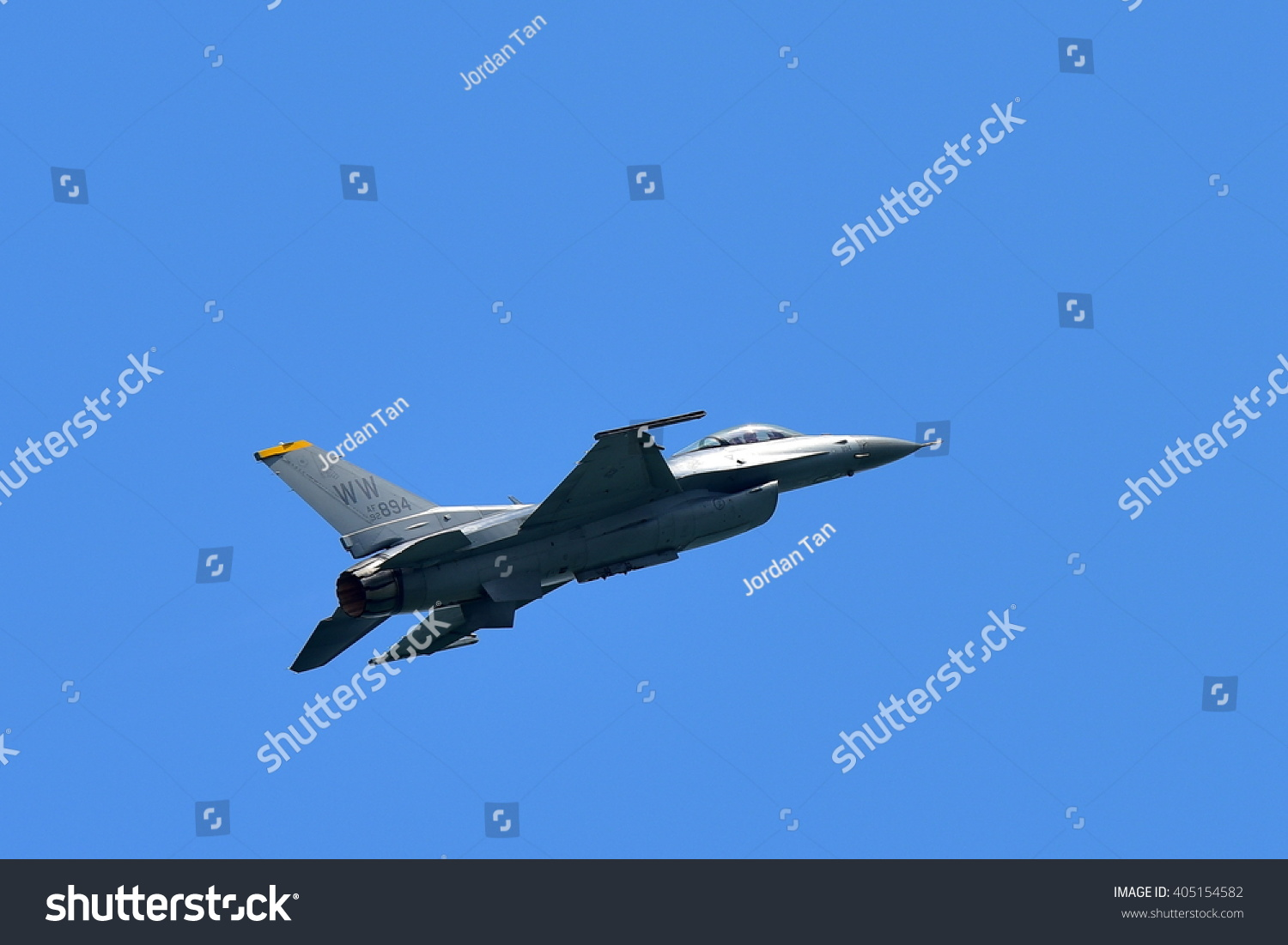 SINGAPORE FEBRUARY 16 USAF F-16C D Fighting Falcon performing aerial display at Singapore Airshow February 16 2016 in Singapore