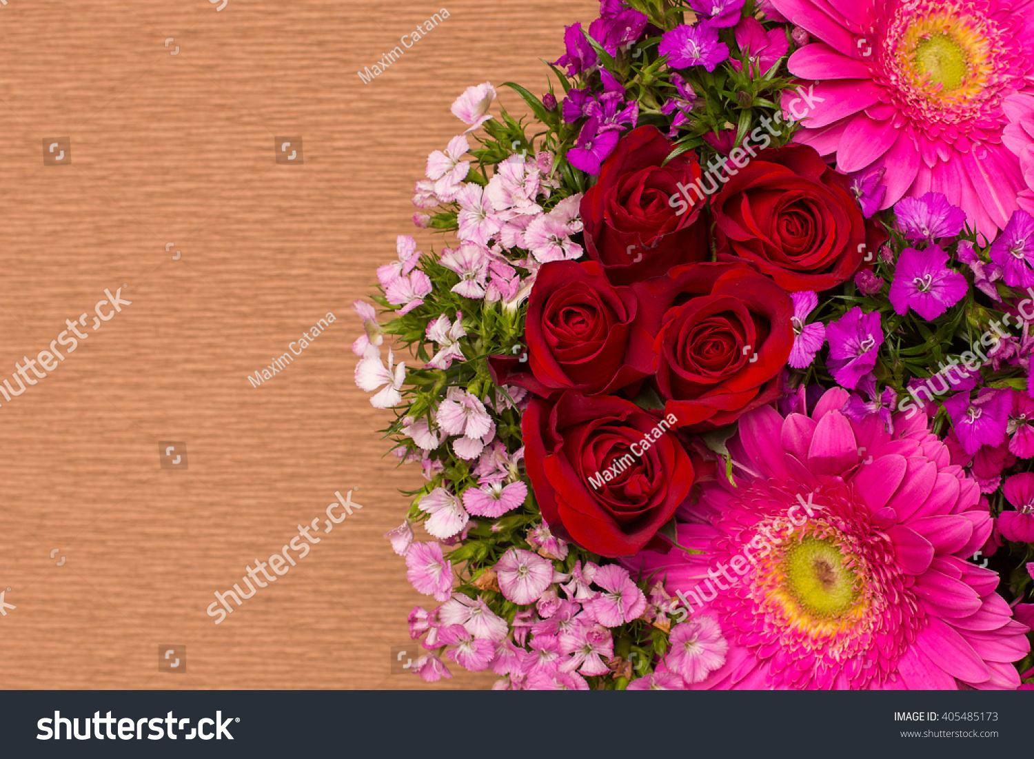 Gift Box With Flowers Design Of Different Type Of Flowers Decor