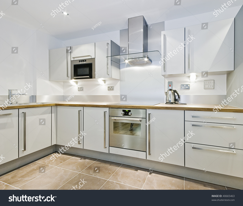 Modern L Shaped Kitchen: Modern Kitchen Counter L Shape Wooden Stock Photo 40665463