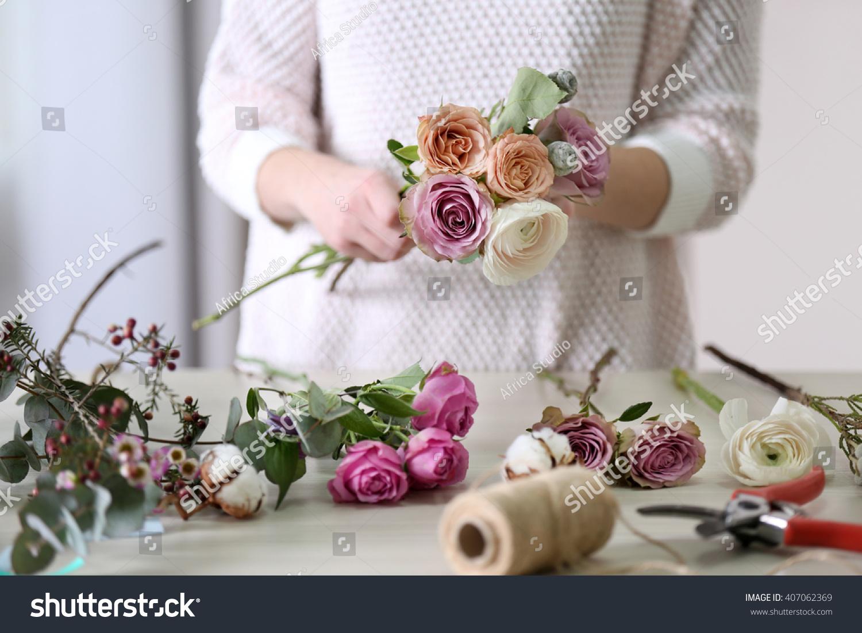 Woman Making A Flower Bouquet Ez Canvas