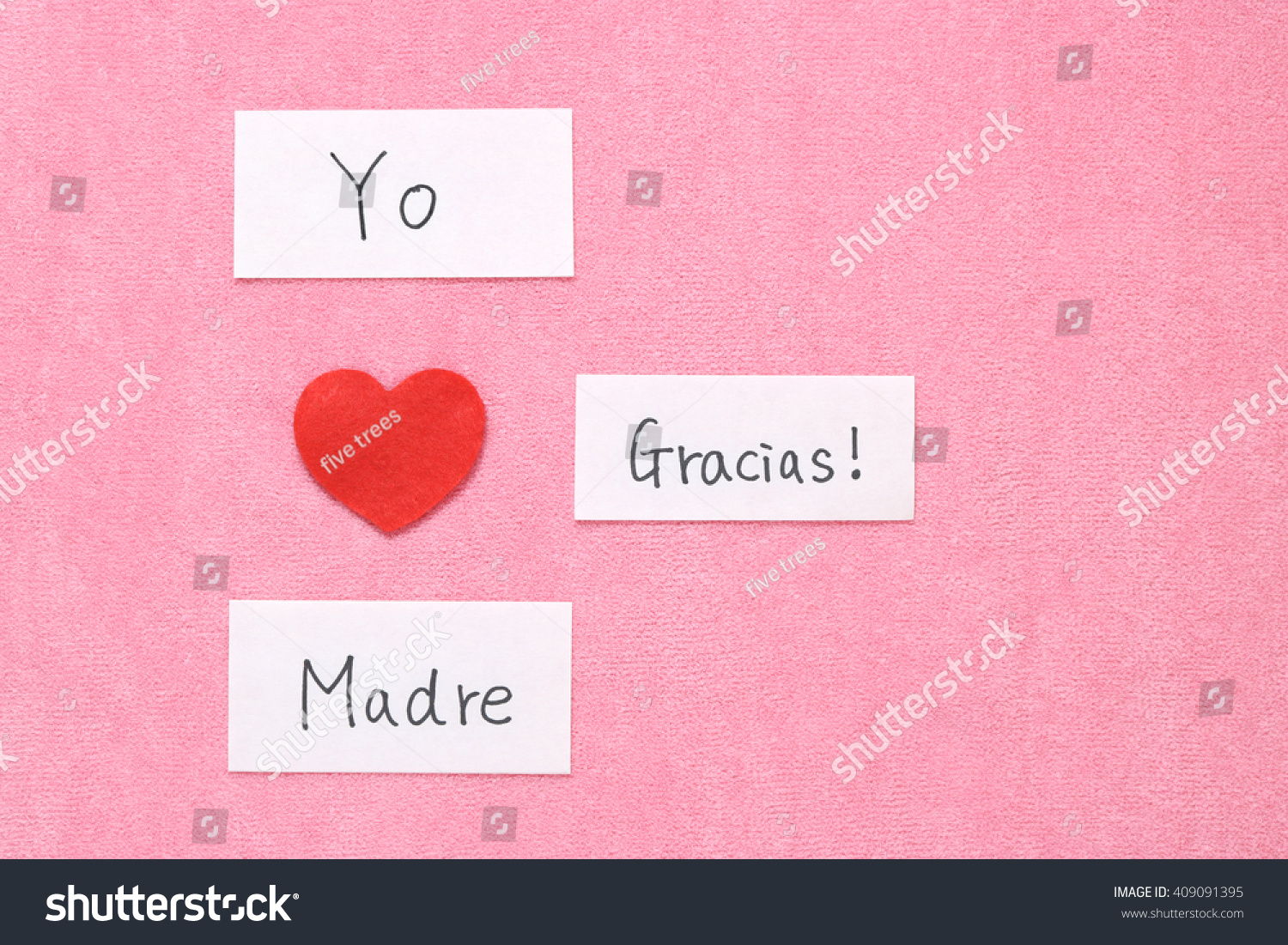Royalty Free I Love Mom Concept In Spanish Red 409091395 Stock