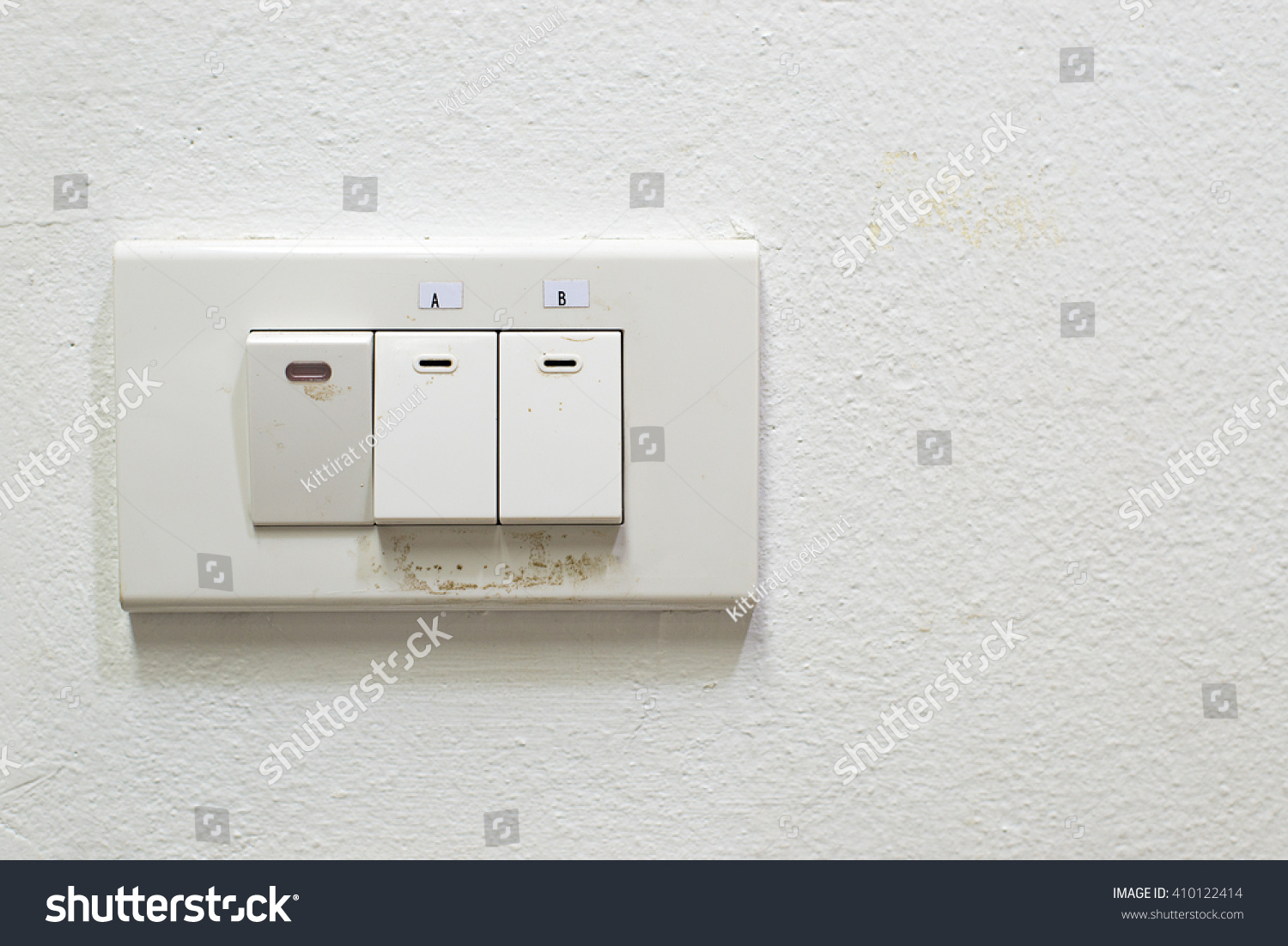 White light switch, turn on or turn off the lights | EZ Canvas