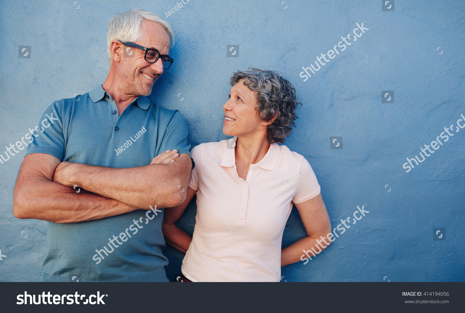 middle aged mature man looking for woman older 20 There's nothing wrong with paying your fit middle-aged neighbour a visit and asking her if she fancies a fuck :.