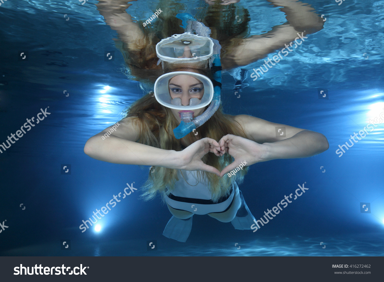 Underwatershow com