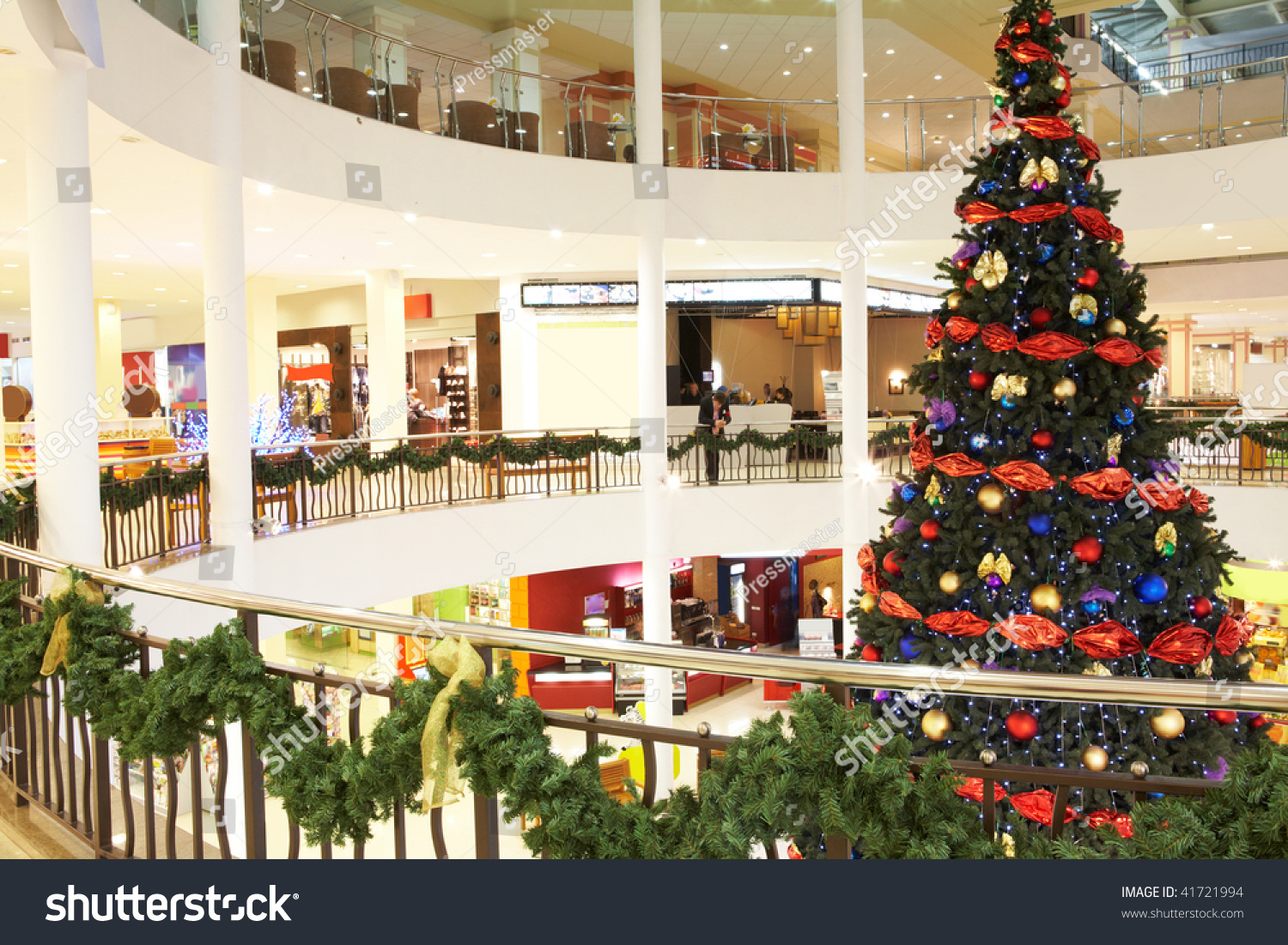 Image Of Big Decorated Christmas Tree In The Mall Stock Photo 41721994