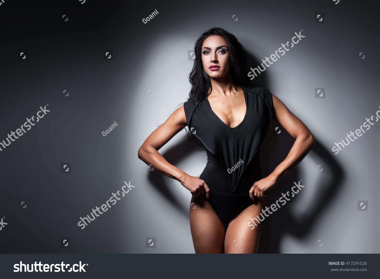 hypnotised woman to strip