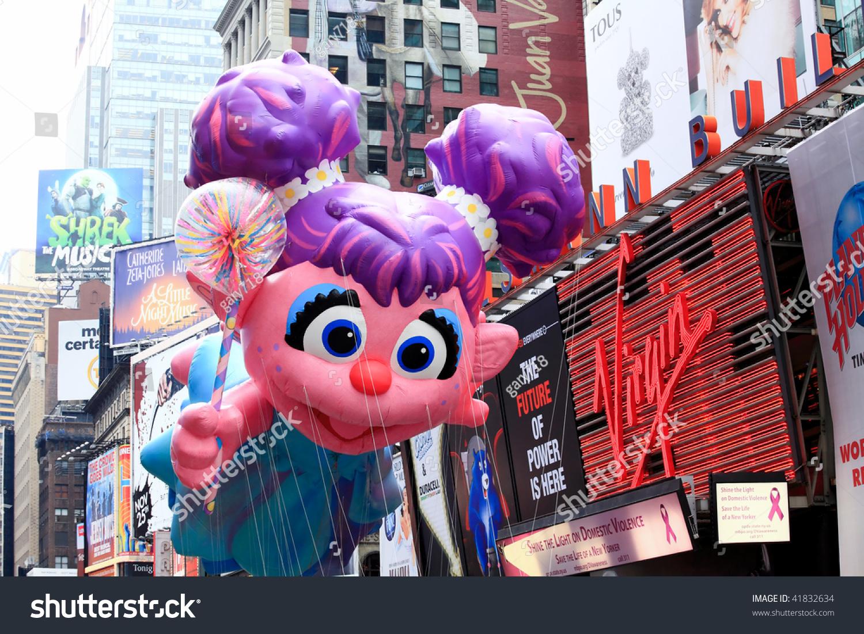 manhattan november 26 cartoon character balloon stock photo edit