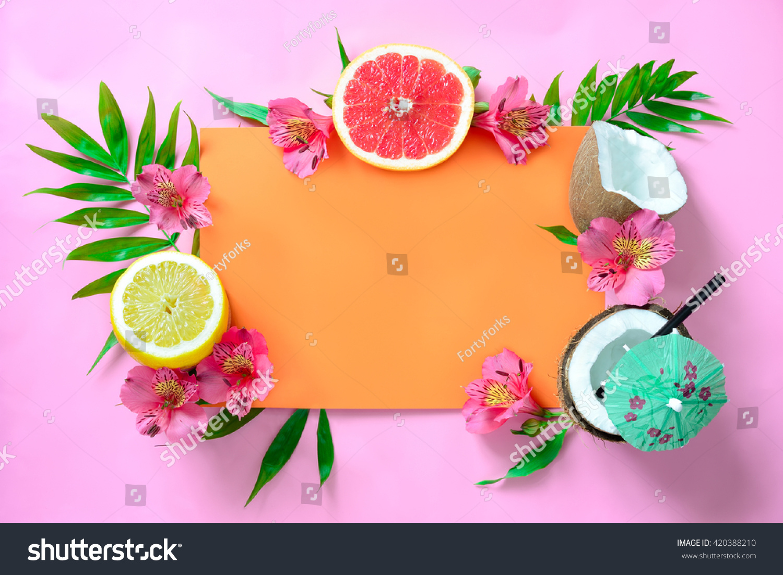 tropical fruits background beach wedding invitation の写真素材 今