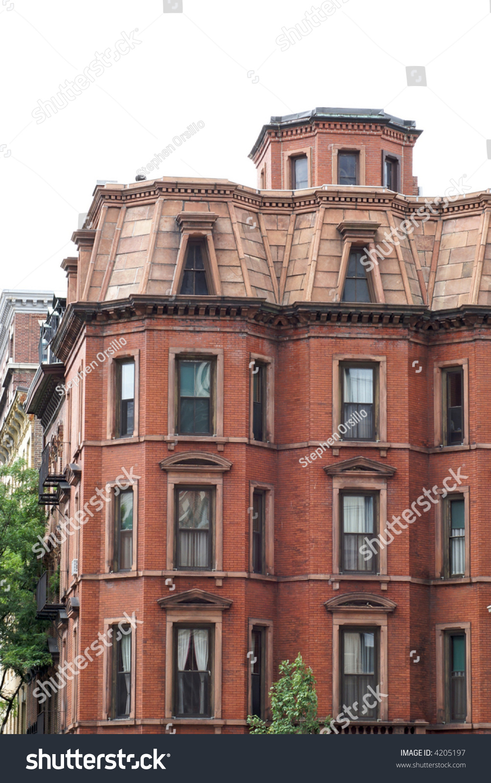 Stately Old Apartment Building In Downtown Boston ...