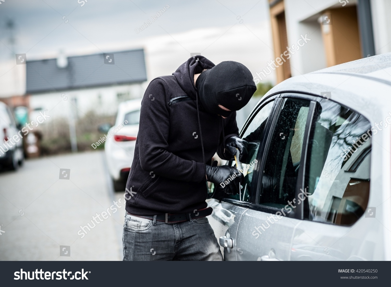how to break into any car
