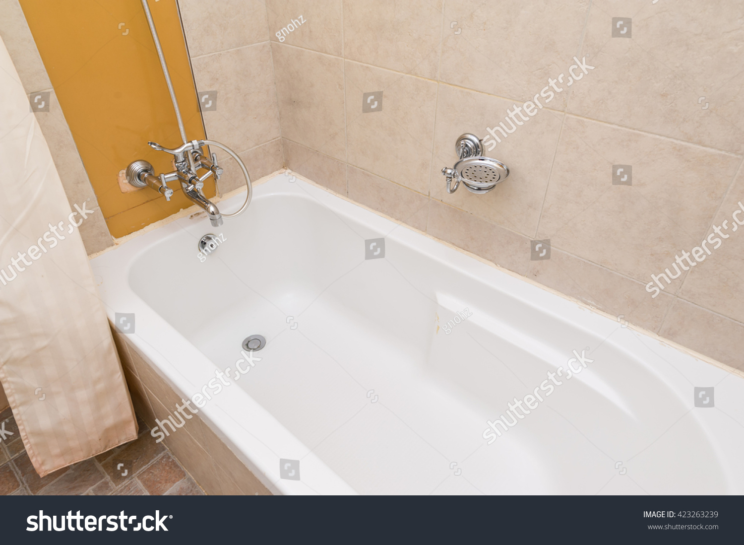 Clean New Hotel Bathroom Tub Travel Stock Photo (Edit Now) 423263239 ...