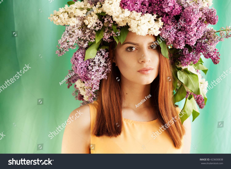 Big flower crown gallery flower wallpaper hd big flower crown image collections flower wallpaper hd beautiful tender woman big flower crown stock photo izmirmasajfo