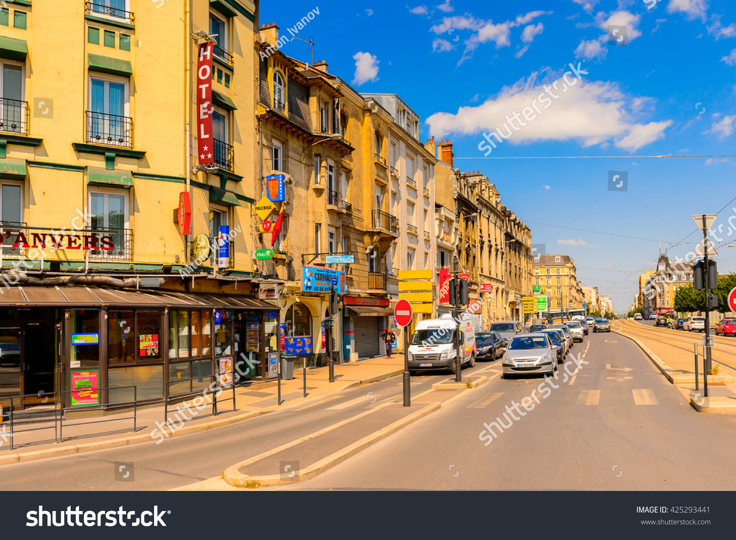 reims france jun 9 2015 buildings stock photo 425293441 shutterstock. Black Bedroom Furniture Sets. Home Design Ideas