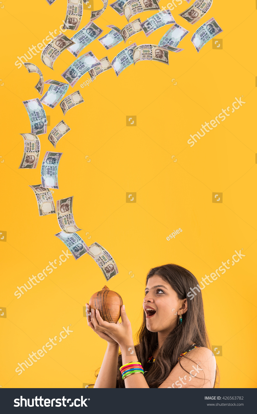 """hindu single women in dinero I'm 29 single woman indian (read:""""you're not married yet hawwwwwwww"""") not that any of it matters, unless, of course, you're 29 and single in india."""