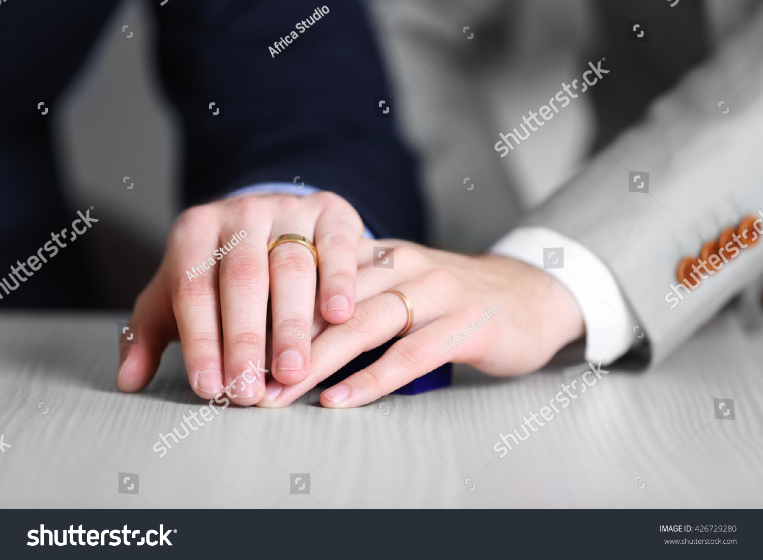picture of man and woman with wedding ring | EZ Canvas