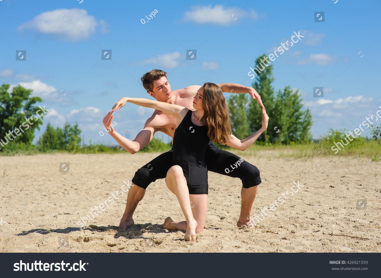 Contemporary Dance Man Woman Dance Pose Stock Photo 426921559 - Shutterstock-2997