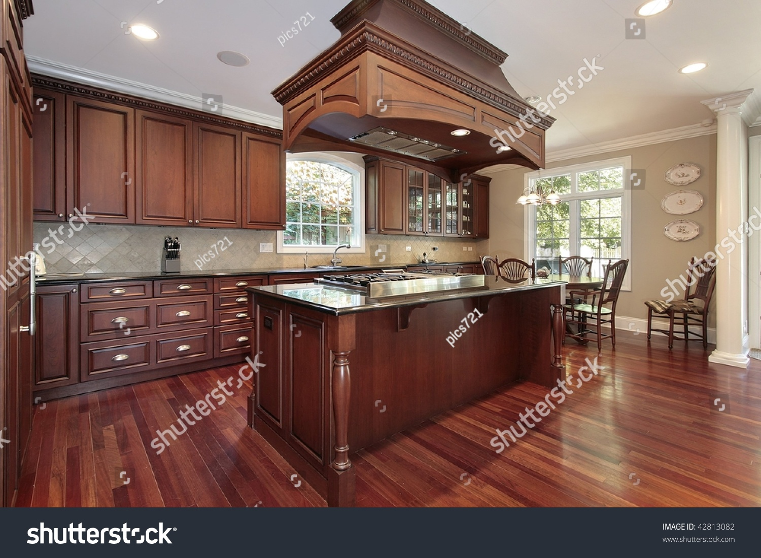 Hardwood Flooring In The Kitchen Kitchen Cherry Wood Flooring Stock Photo 42813082 Shutterstock