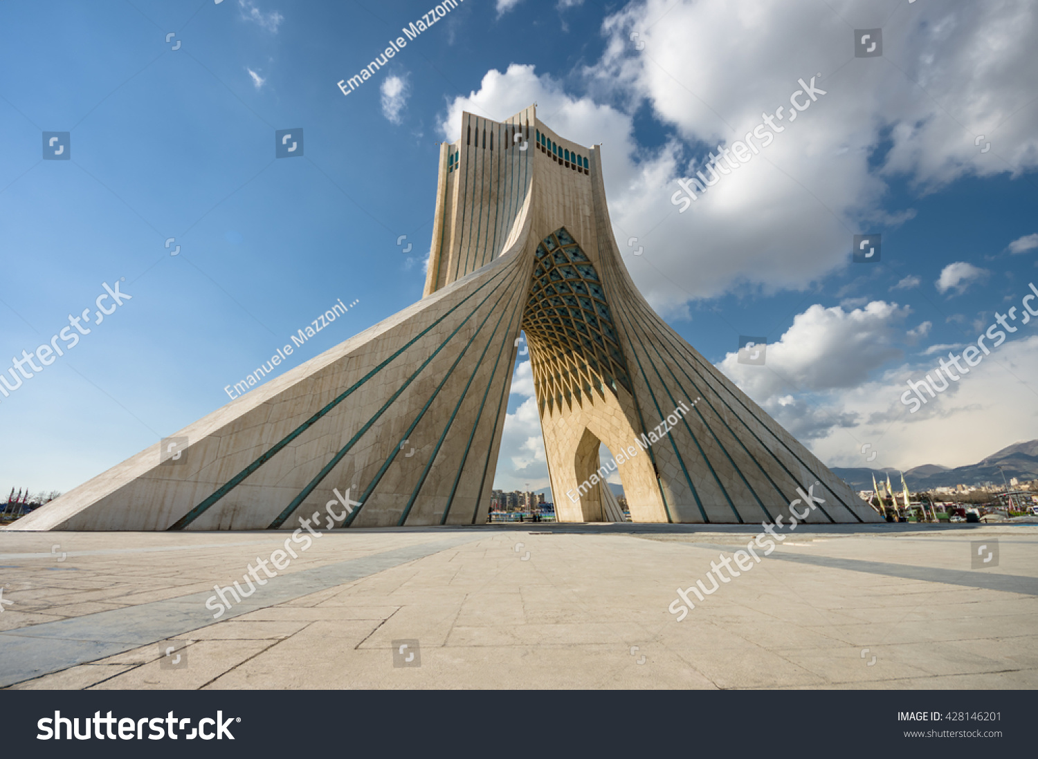 Teheran Iran February 2016 Azadi Tower Stock Photo 428146201 ...