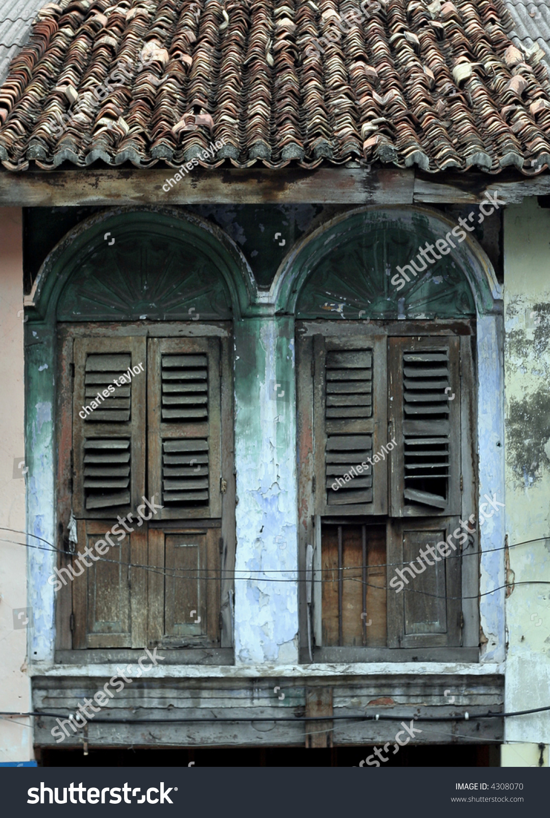 Old house penang malaysia stock photo 4308070 shutterstock for Classic house kl