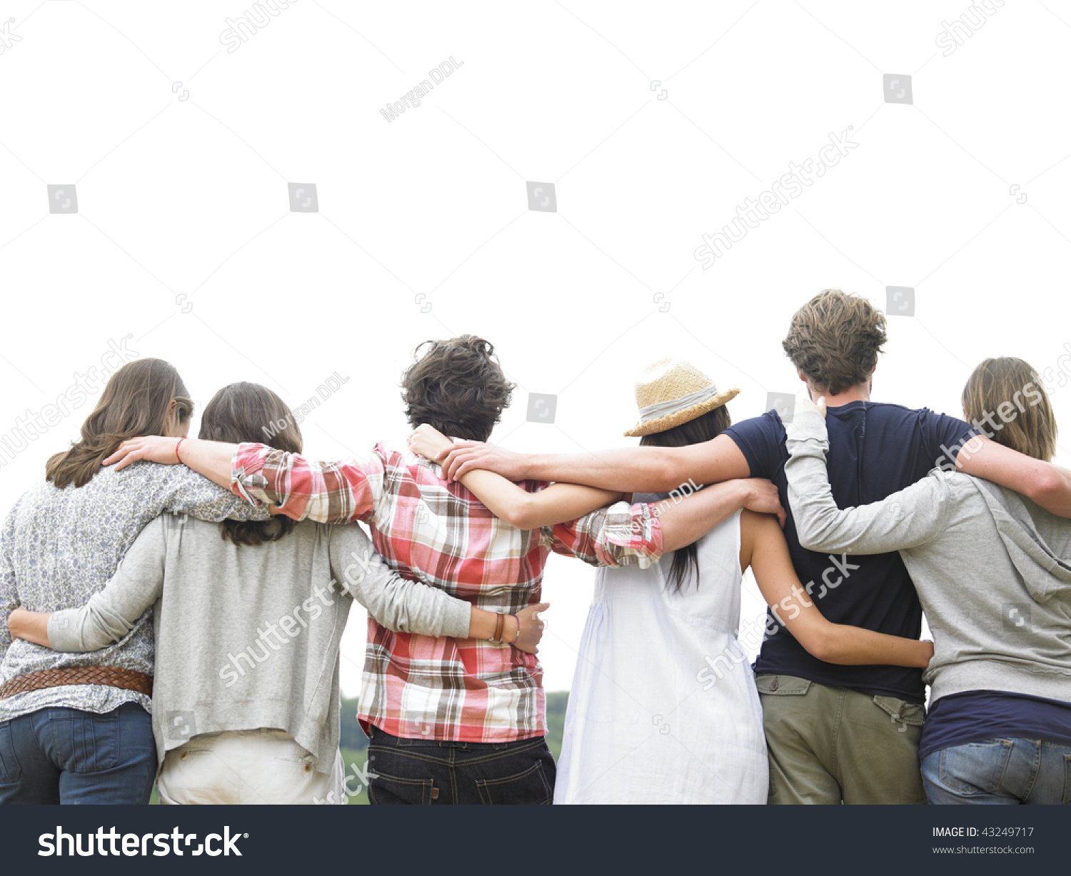 how to build a group of friends