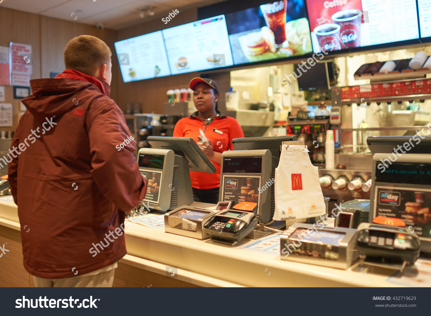 fast food in the united states Subway and mcdonald's are far and away the biggest fast-food chains in the  united states see where america's other beloved fast-food.