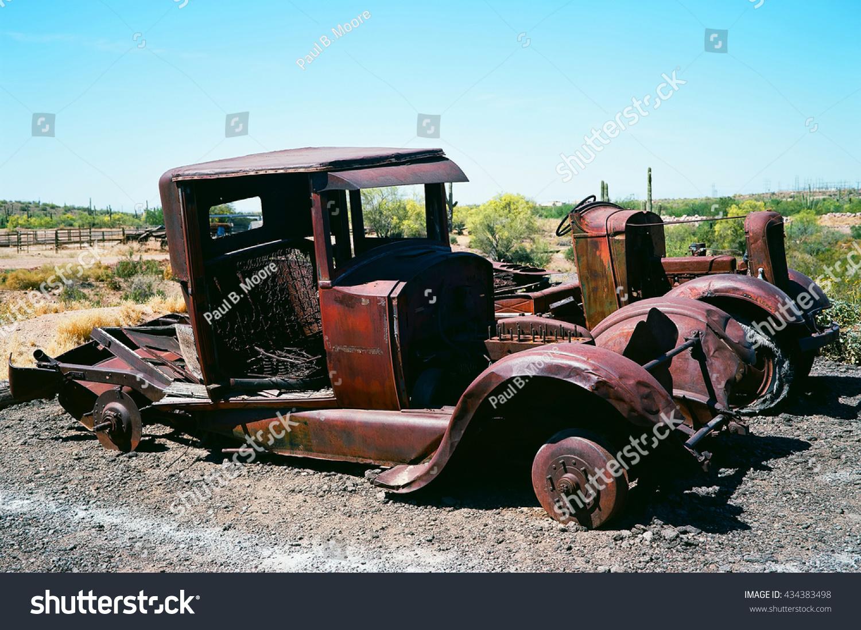 Broken Down Rusty Old Trucks No Stock Photo 434383498 - Shutterstock