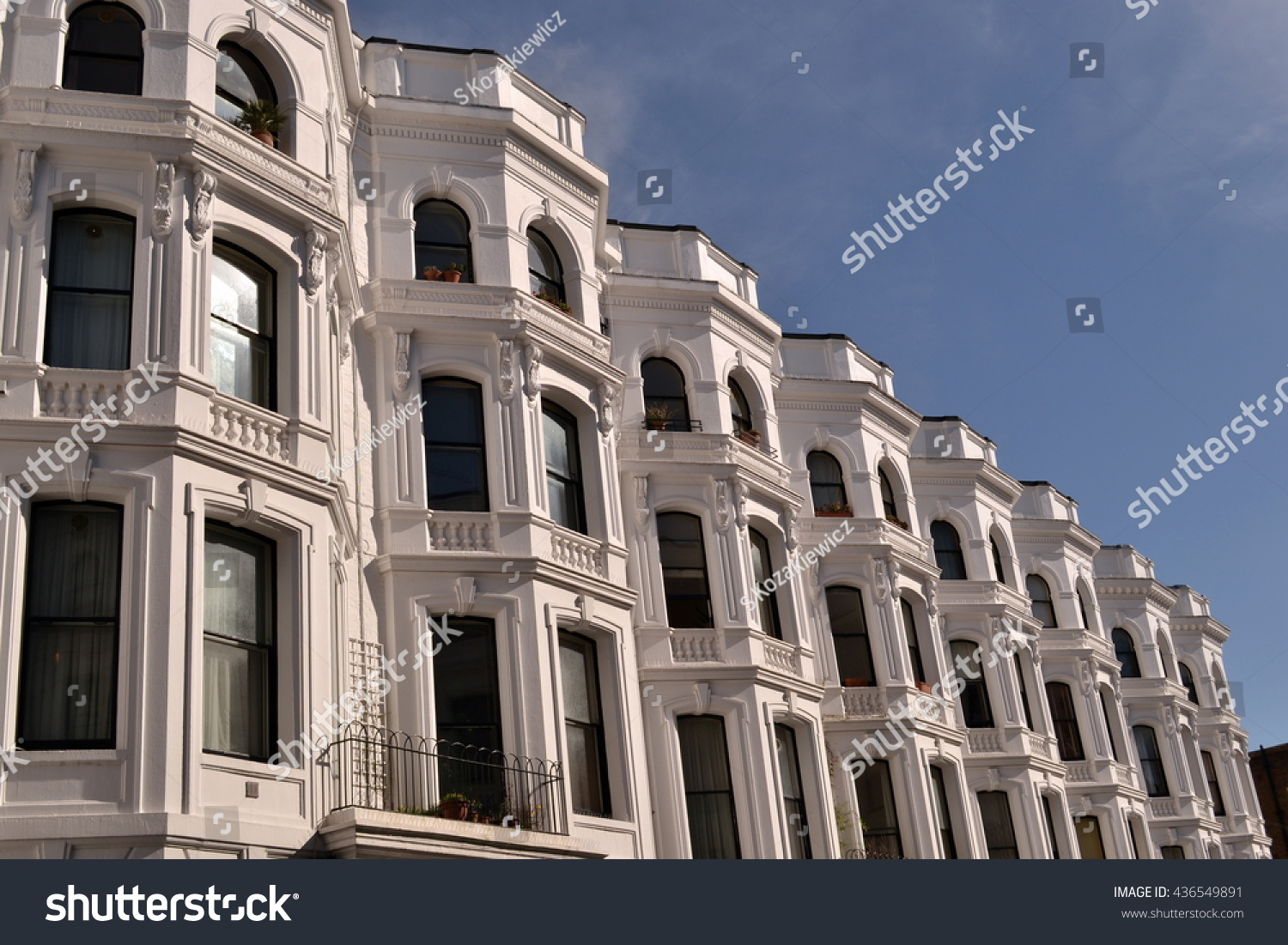 White Washed Terraced Georgian Notting Hill Stock Photo 436549891 ...