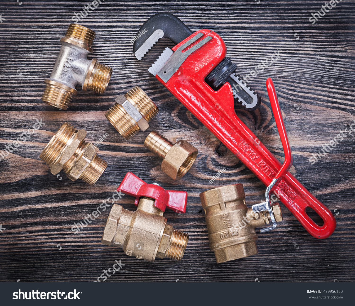 Collection of adjustable pipe wrench brass fittings water