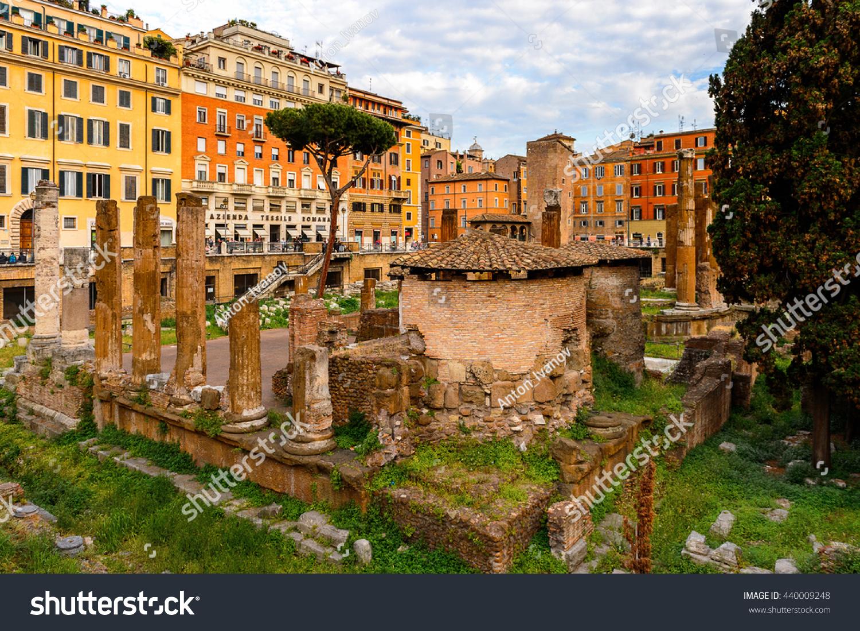Rome Italy May 7 2016 Ruins Stock Photo 440009248