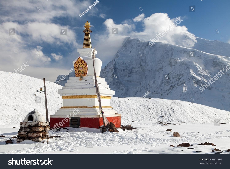 white lake buddhist singles Eight lakes & white lake tour (9 days) orkhon waterfall & white lake (8 days) remote buddhist monasteries and to take part in horse-riding and hiking.