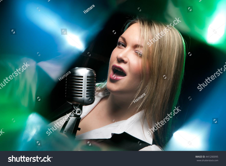 singing the girl retro - photo #18