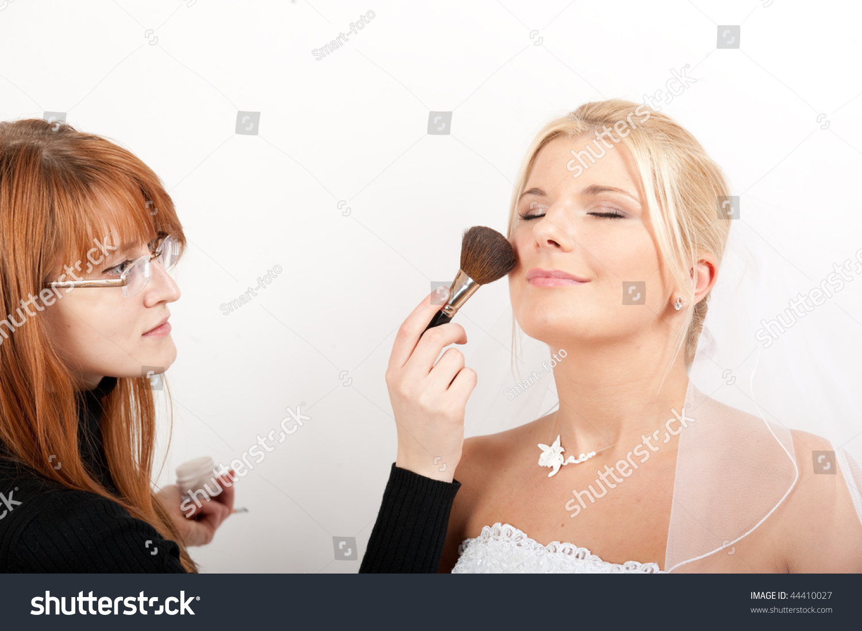 Single Young beautiful bride preparing entire body