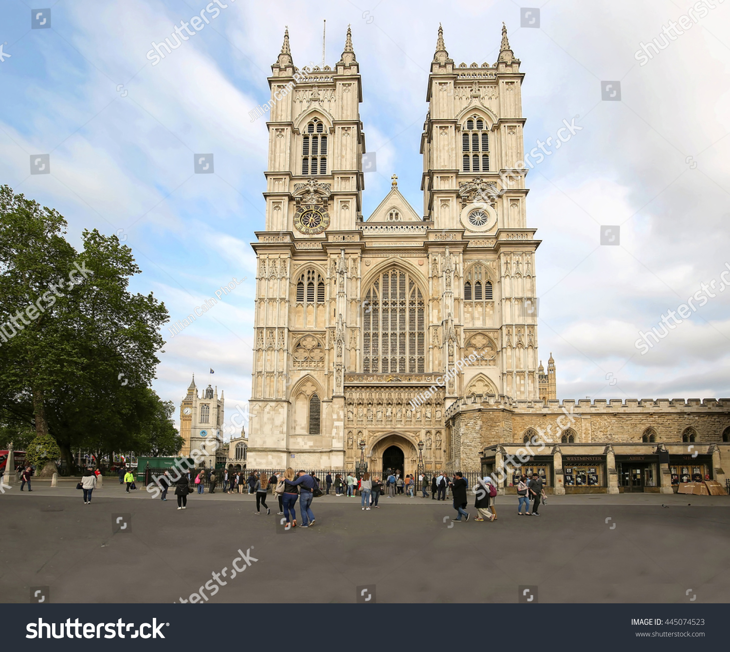 LONDON ENGLAND MAY 29 2016 With its front doors open wide & London England May 29 2016 Front Stock Photo 445074523 - Shutterstock