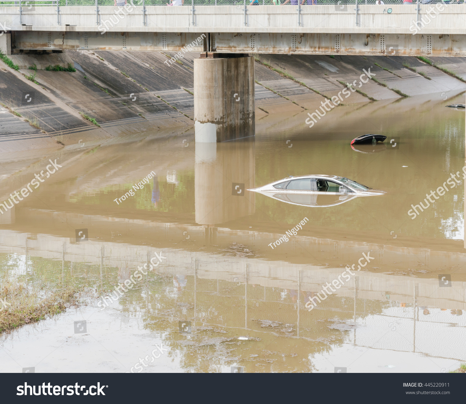car swamped by flood water near stock photo 445220911 shutterstock. Black Bedroom Furniture Sets. Home Design Ideas