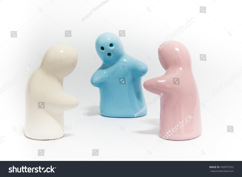 A Hugging Ceramic Doll Ez Canvas Huging Sponge