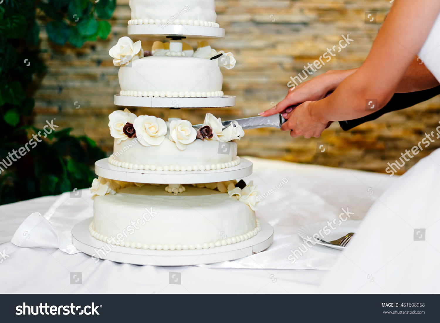 Unique When To Cut Wedding Cake At The Reception Photos
