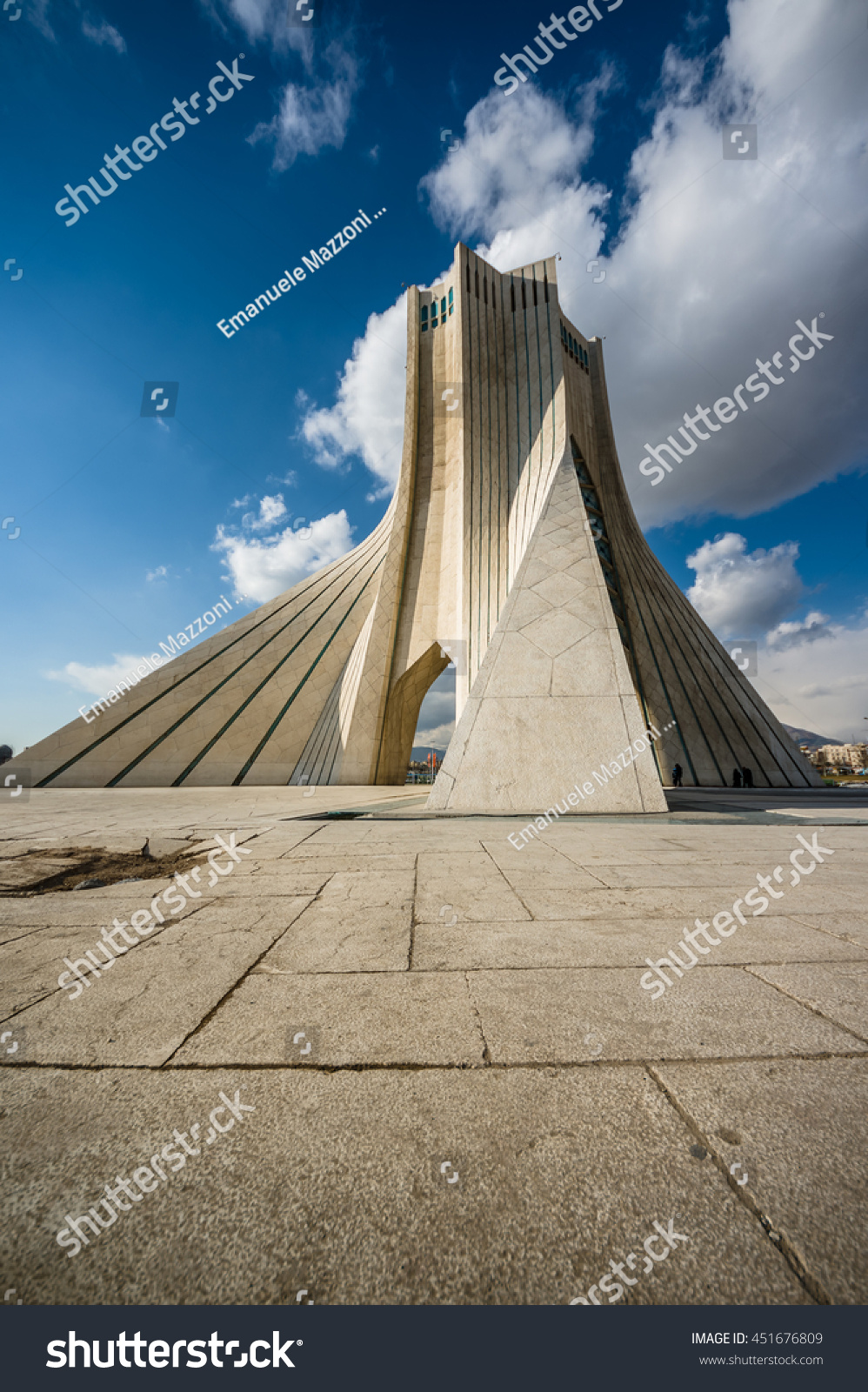Teheran Iran February 2016 Azadi Tower Stock Photo 451676809 ...