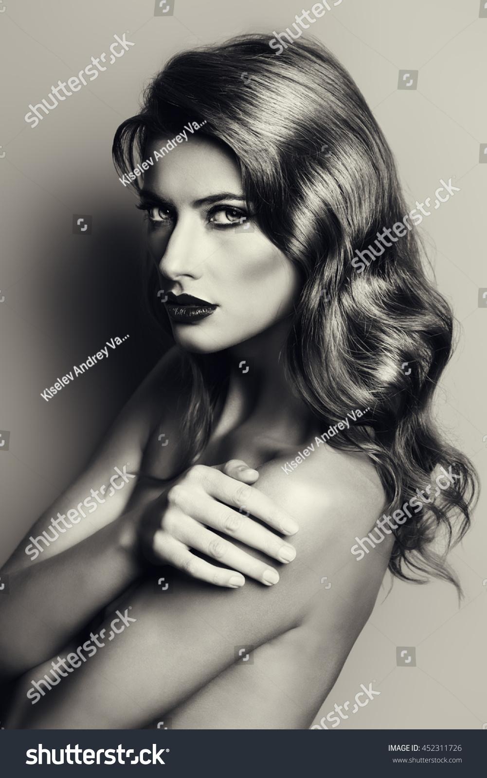Blackandwhite portrait beautiful naked young woman stock