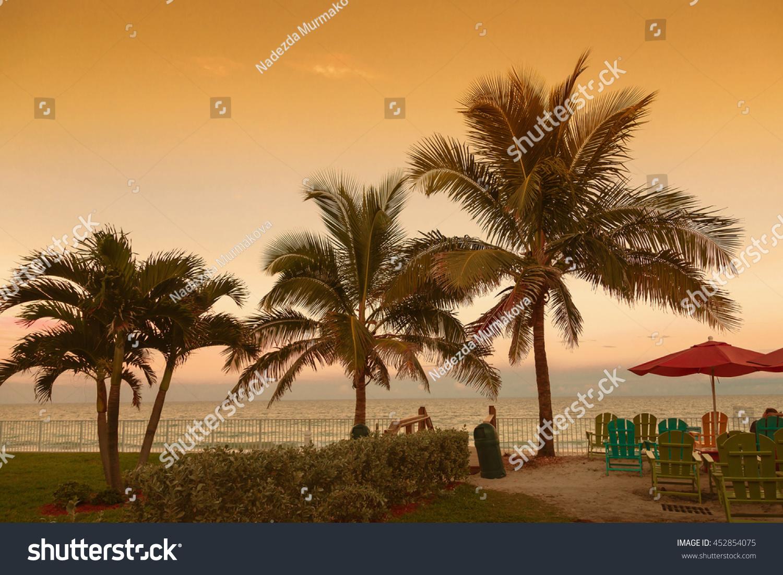 Dating Vero Beach