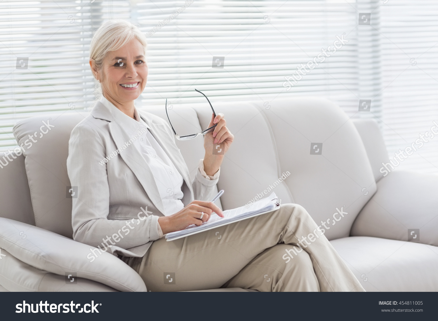 """professional women opting out psy 375 Read all of the posts by myhomeworkkspot on myhomeworkkspot  psy 375 life span human development /complete course  are professional women """"opting out"""" of ."""