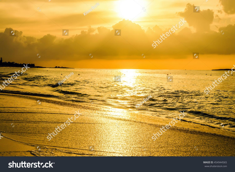 Golden Sunset Paradise Island Bahamas Sunrise Stock Photo Royalty Free 454944565