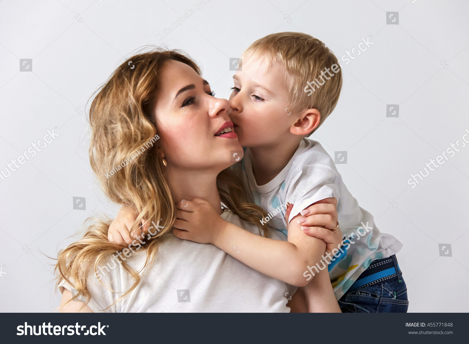 For Son kisses his mom very hard apologise, there