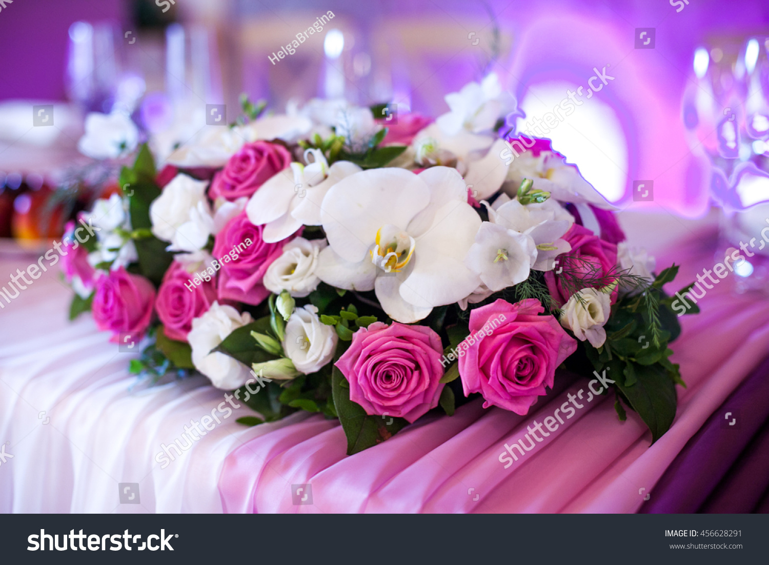 Wedding Table Decoration Cupcakes Flowers Candles Stock Photo ...