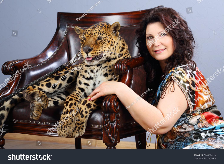 Leopard dress for beautiful predator 27