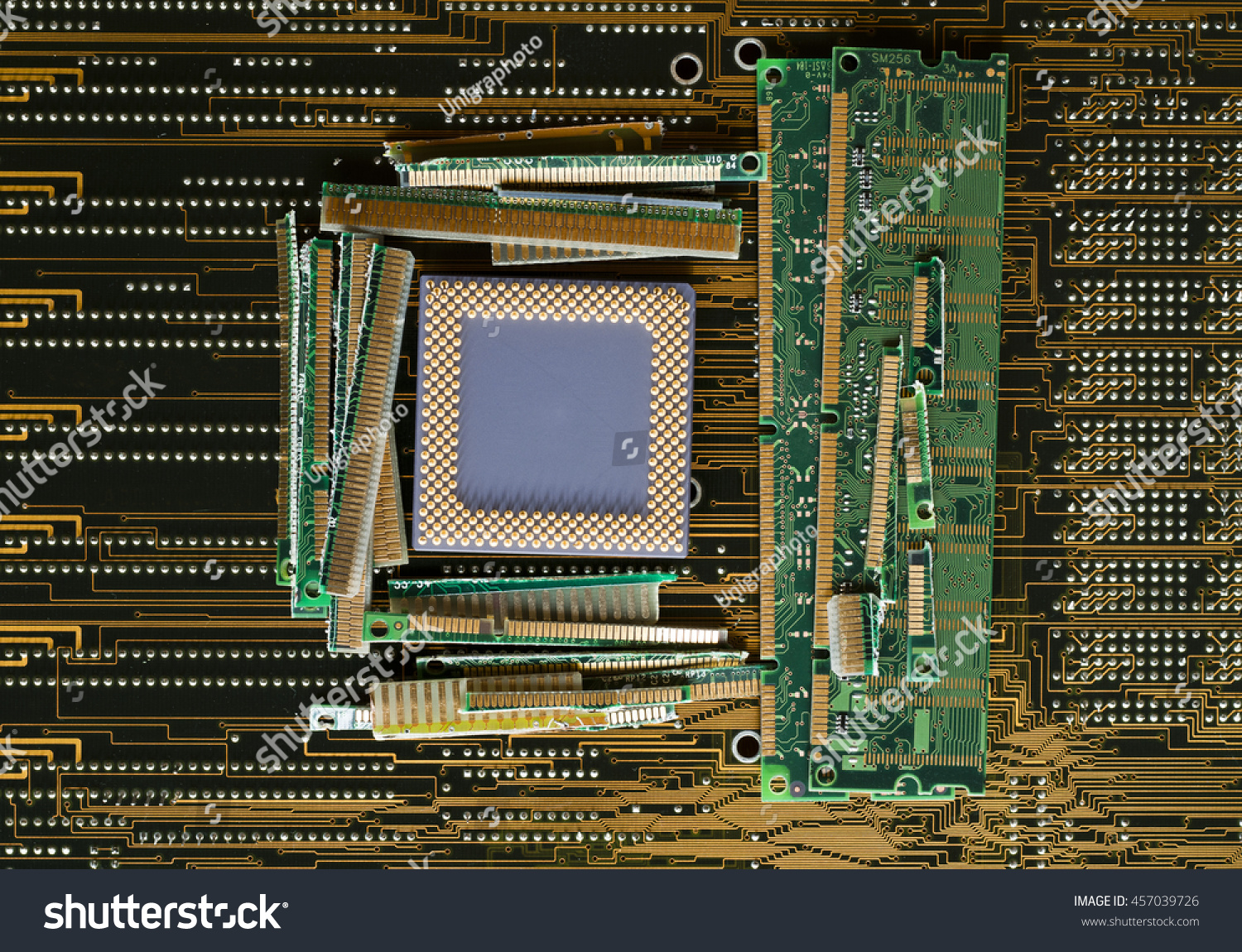 Scrap Gold Electronic Parts Waste Recycling Stock Photo Electronics Pictures From Partselectronic Computer